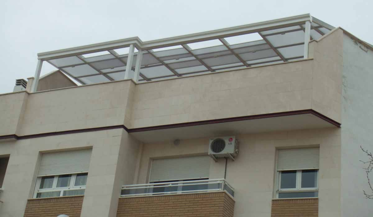 גג הזזה למרפסת