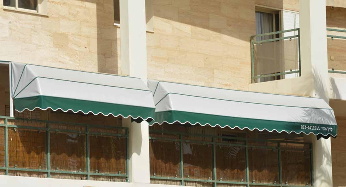 2 מרקיזות במרפסת בשילוב עמוד באמצע
