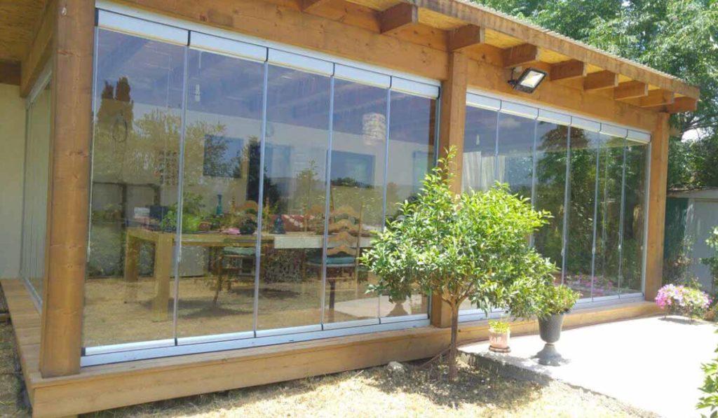 חלונות הזזה נאספות משולבות לפרגולה עץ - 4