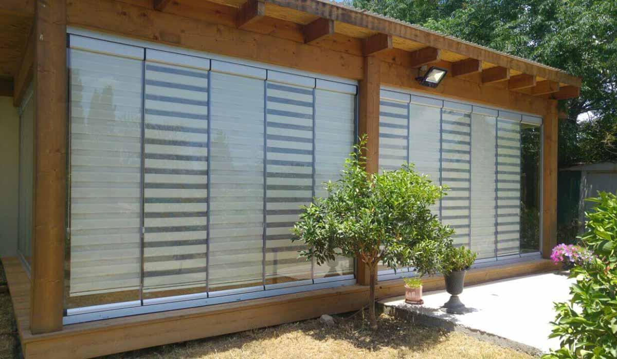חלונות הזזה נאספות משולבות לפרגולה עץ - 1