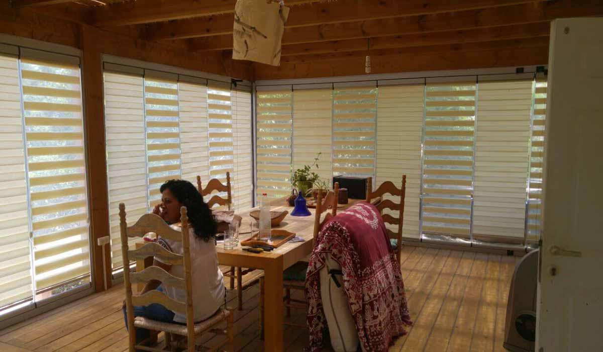 חלונות הזזה נאספות משולבות לפרגולה עץ - 3